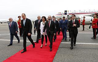 Նիկոլ Փաշինյանի գլխավորած կառավարական պատվիրակությունը ժամանել է Թբիլիսի
