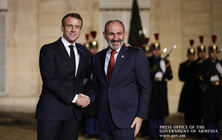 PM Nikol Pashinyan attends official reception, hosted on behalf of Emmanuel Macron