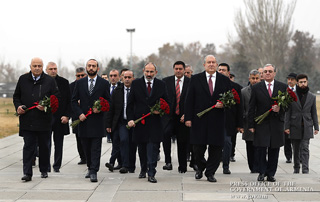 PM visits Tsitsernakaberd on International Day of Commemoration and Dignity of the Victims of the Crime of Genocide and of the Prevention of the Crime of Genocide
