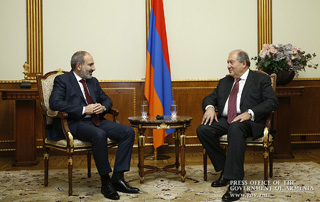 Nikol Pashinyan, Armen Sarkissian discuss issues related to Armenia's development