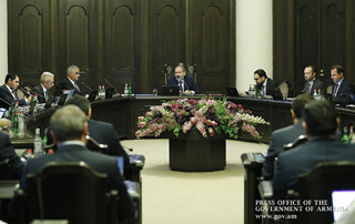 PM refers to the current state of affairs in the system of public administration