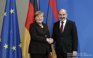 """The economic forum of October ushered in a new vector in Armenian-German relations"" - Nikol Pashinyan, Angela Merkel address mass media representatives"