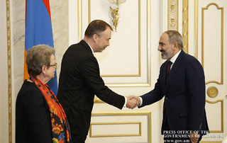 PM Pashinyan receives EU Special Representative for the South Caucasus and the Crisis in Georgia