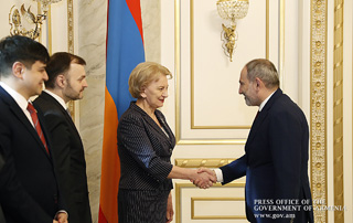 Nikol Pashinyan, Zinaida Greceanîi discuss development of Armenia-Moldova relations