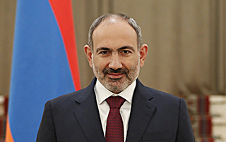 Nikol Pashinyan congratulates Emmanuel Macron on French Republic's National Day