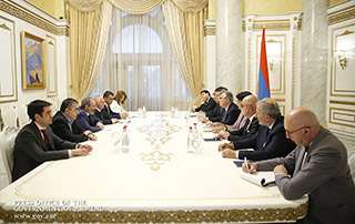 PM receives France-Armenia Parliamentary Friendship Group delegation