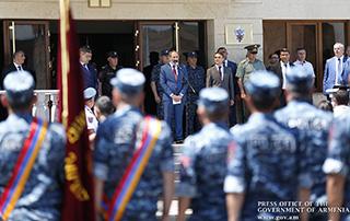 Премьер-министр Никол Пашинян поздравил сотрудников полицейских войск Республики Армения в связи с 26-летием