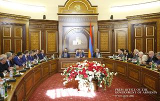 Բոլորին, հատկապես մեր հայրենակիցներին հրավիրում ենք Հայաստանում ներդրումներ անելու. Վարչապետն ընդունել է ՌԴ-ից ժամանած հայազգի գործարարներին