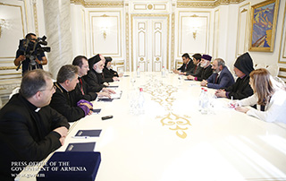 PM receives leaders and representatives of Eastern Apostolic Churches of Australia