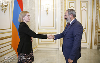 PM, Swedish Ambassador discuss ways of developing Armenian-Swedish relations