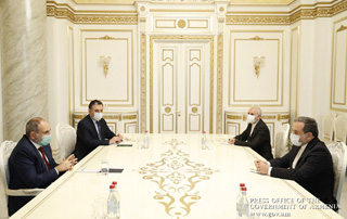 PM Pashinyan receives Iran's Deputy Foreign Minister Seyyed Abbas Araghchi