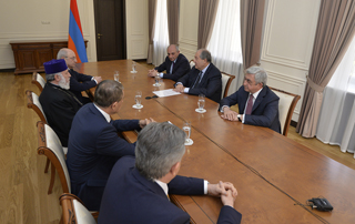 On the eve of April 24, the secular and spiritual leaders of Armenia and Artsakh address the nation with joint statement