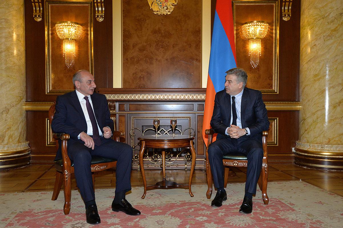 Карен Карапетян и Бако Саакян обсудили в Ереване внутриполитическую ситуацию в Армении