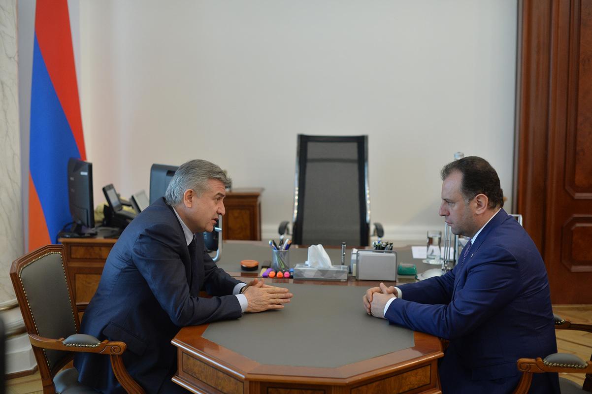 Виген Саркисян: Армия обеспечивает неприступность границ Армении