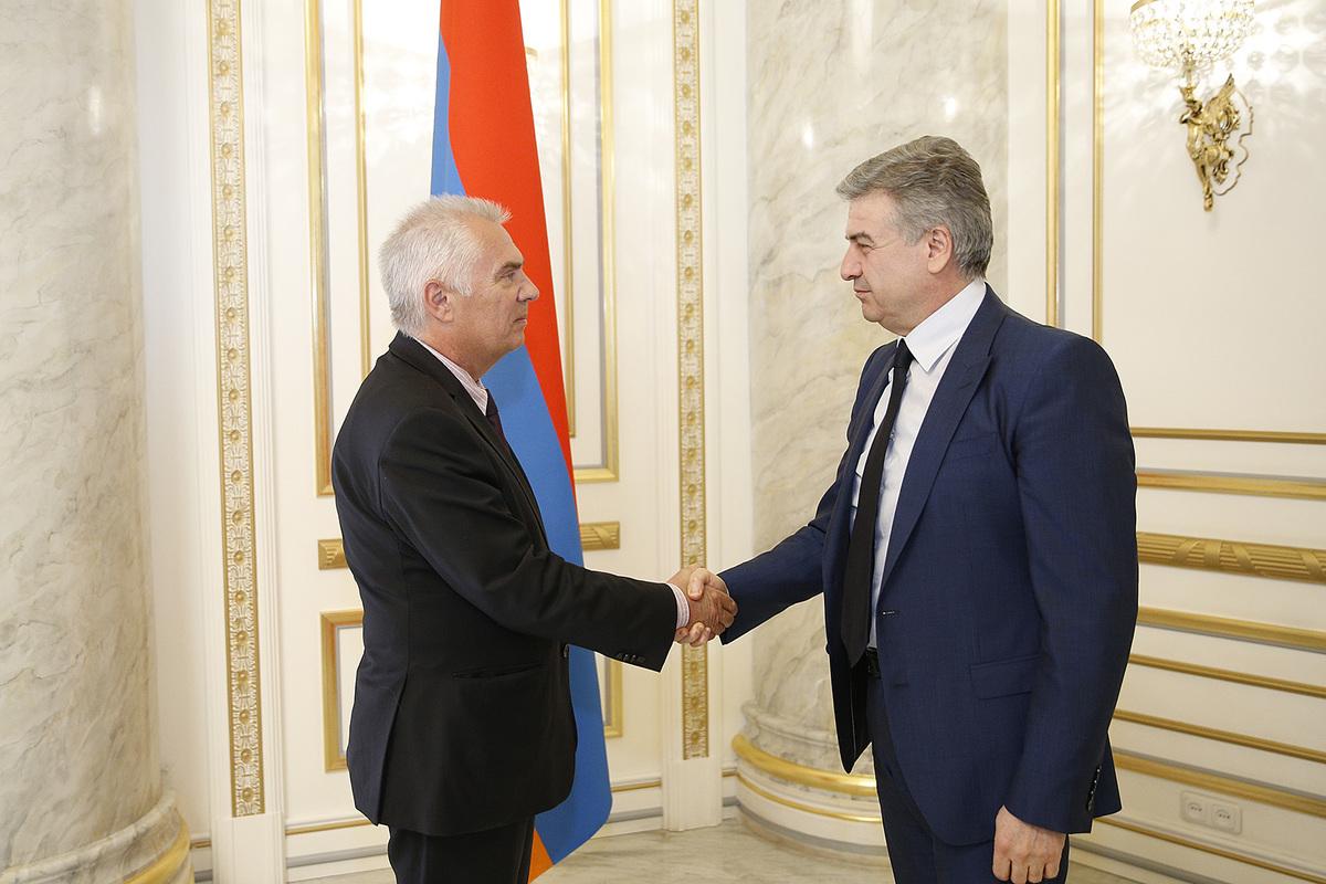 Карен Карапетян и Петр Свитальский обсудили внутриполитическую ситуацию в Армении