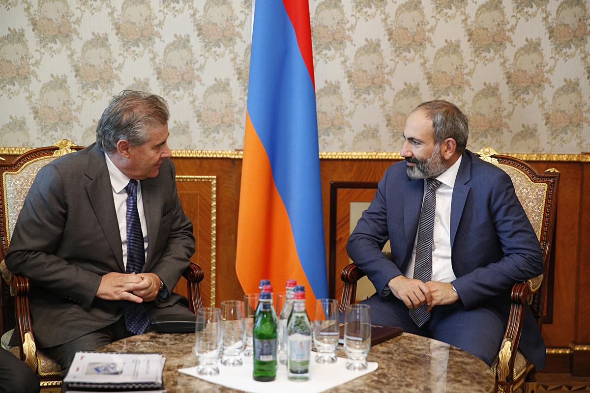 Премьер-министр обсудил с гендиректором компании «Ренко» программу строительства новой ТЭС в Армении