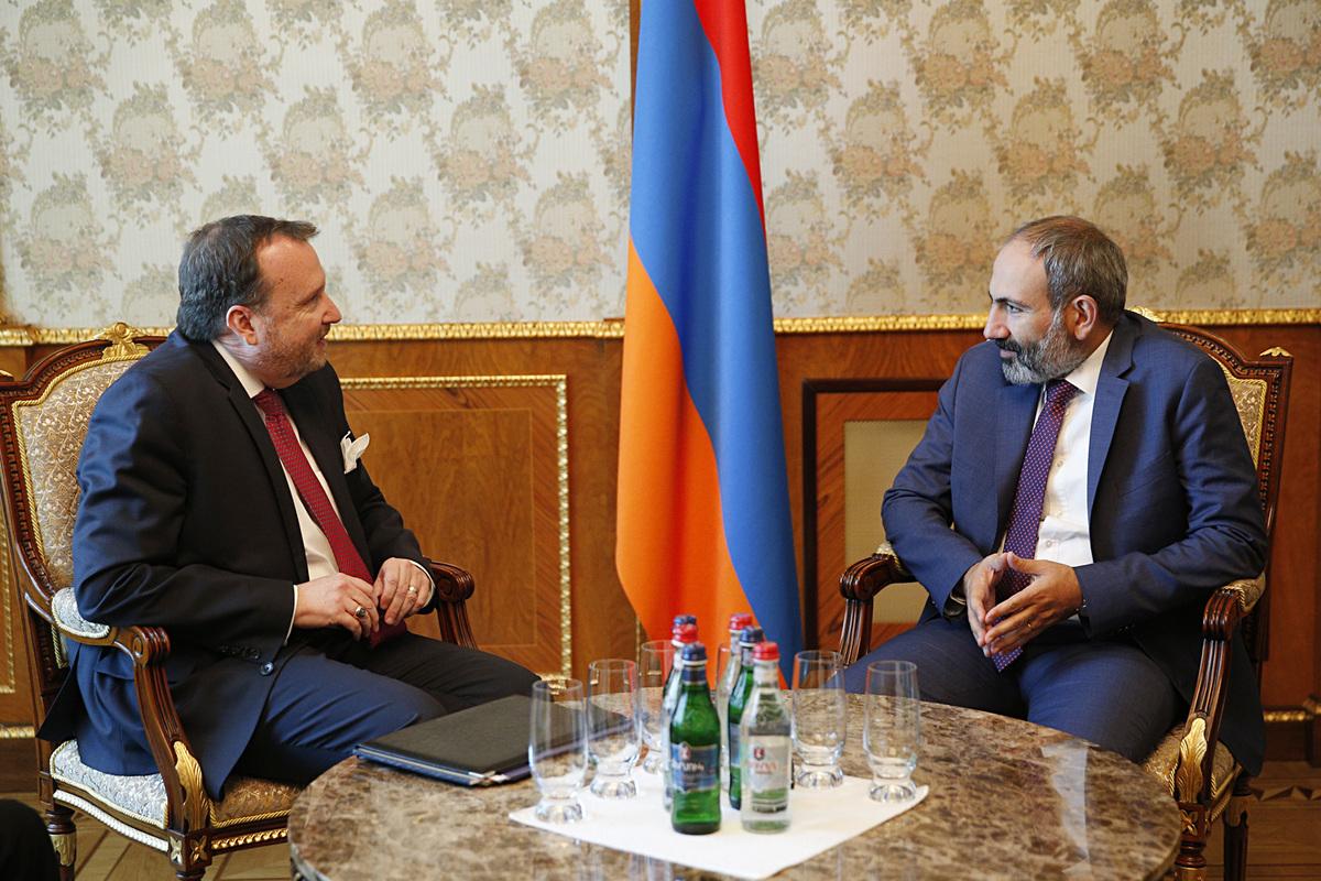 Посол: США видят ряд возможностей для диалога и сотрудничества с Арменией