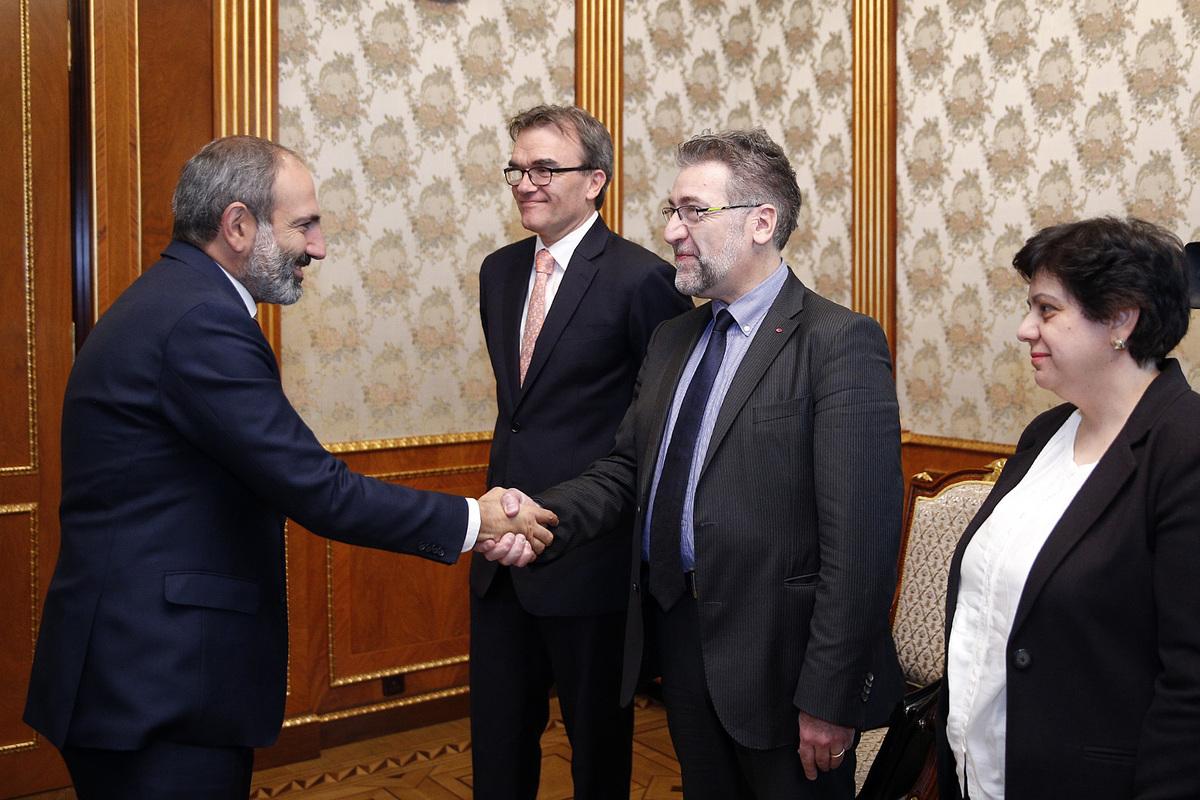 Посол: Президент Швейцарии осенью посетит Ереван
