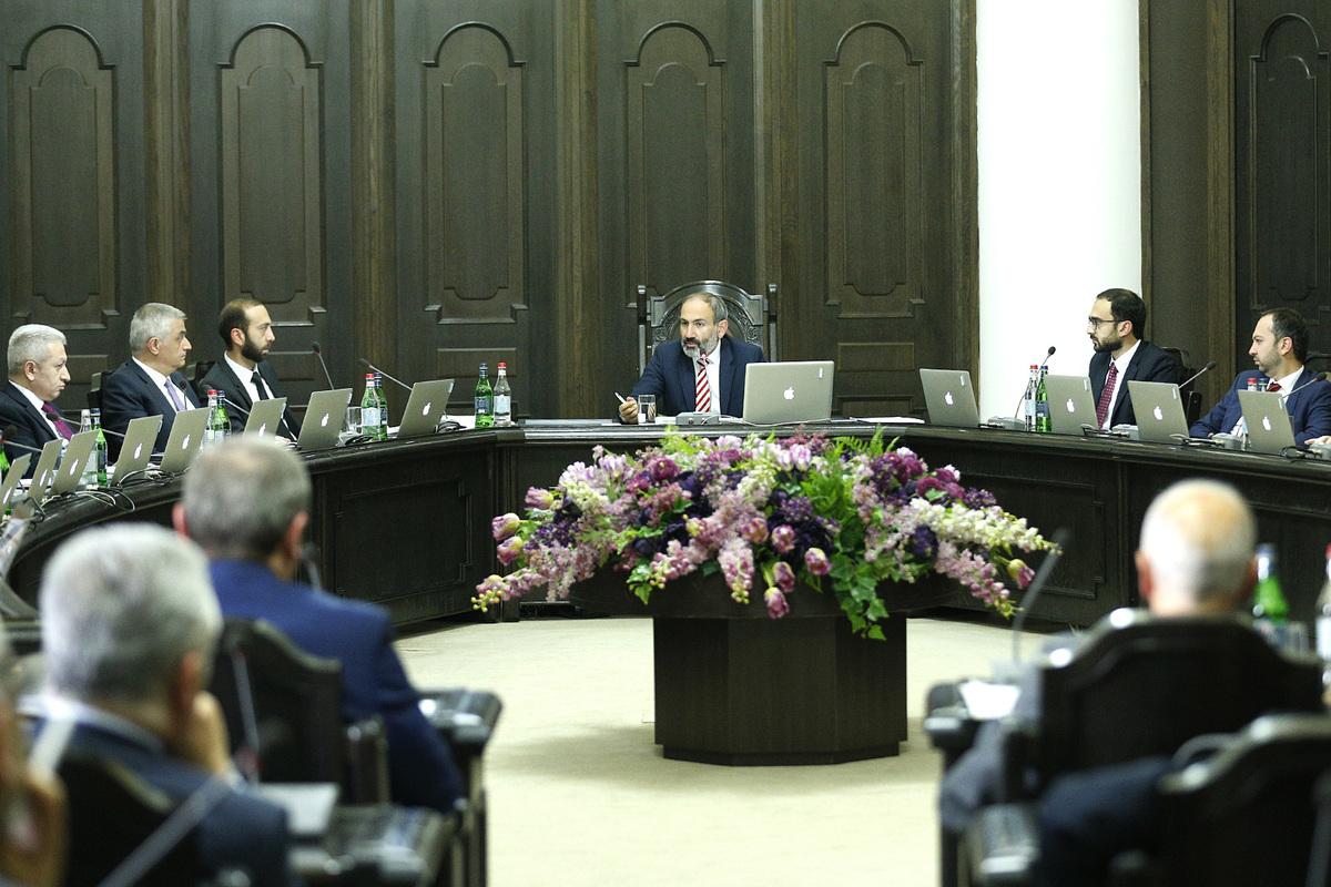 «Грапарак»: У правительства есть 2 плана проведения внеочередных парламентских выборов