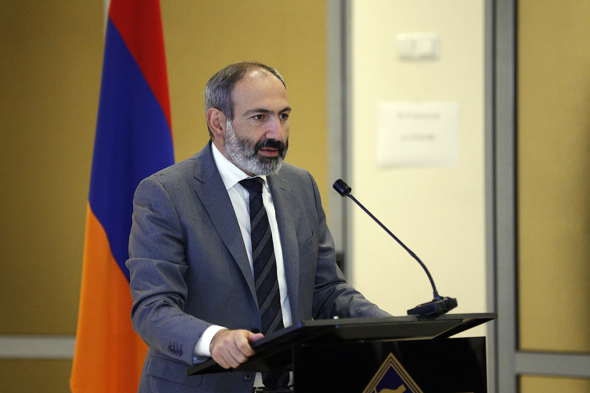 «Жаманак»: Пашинян пойдет на выборы в составе блока «Выход»