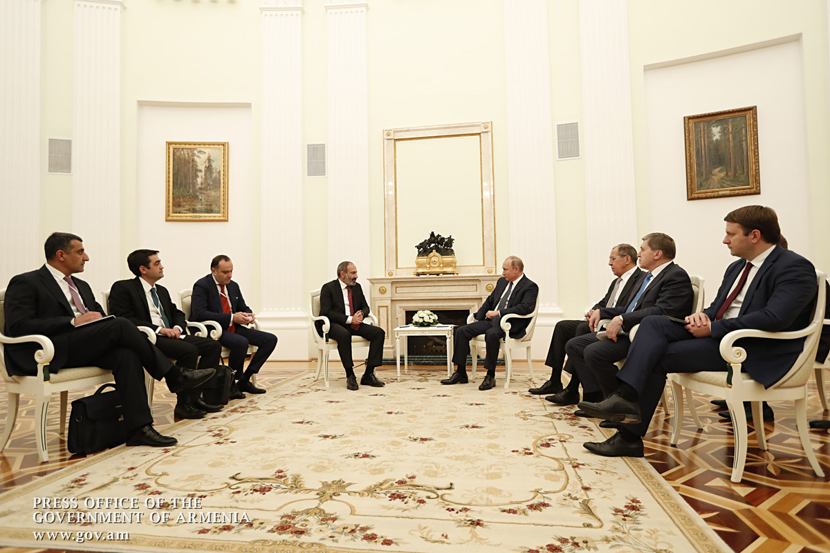 Россия уверенно удерживает первое место в торговом обороте с Арменией – Путин