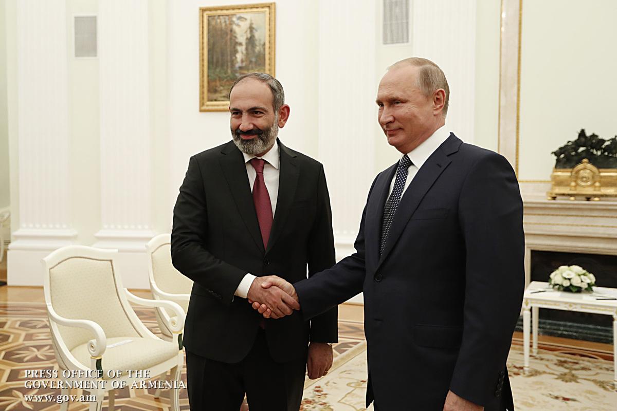 Пашинян об отношениях с Путиным: Это прямые отношения, без темных углов
