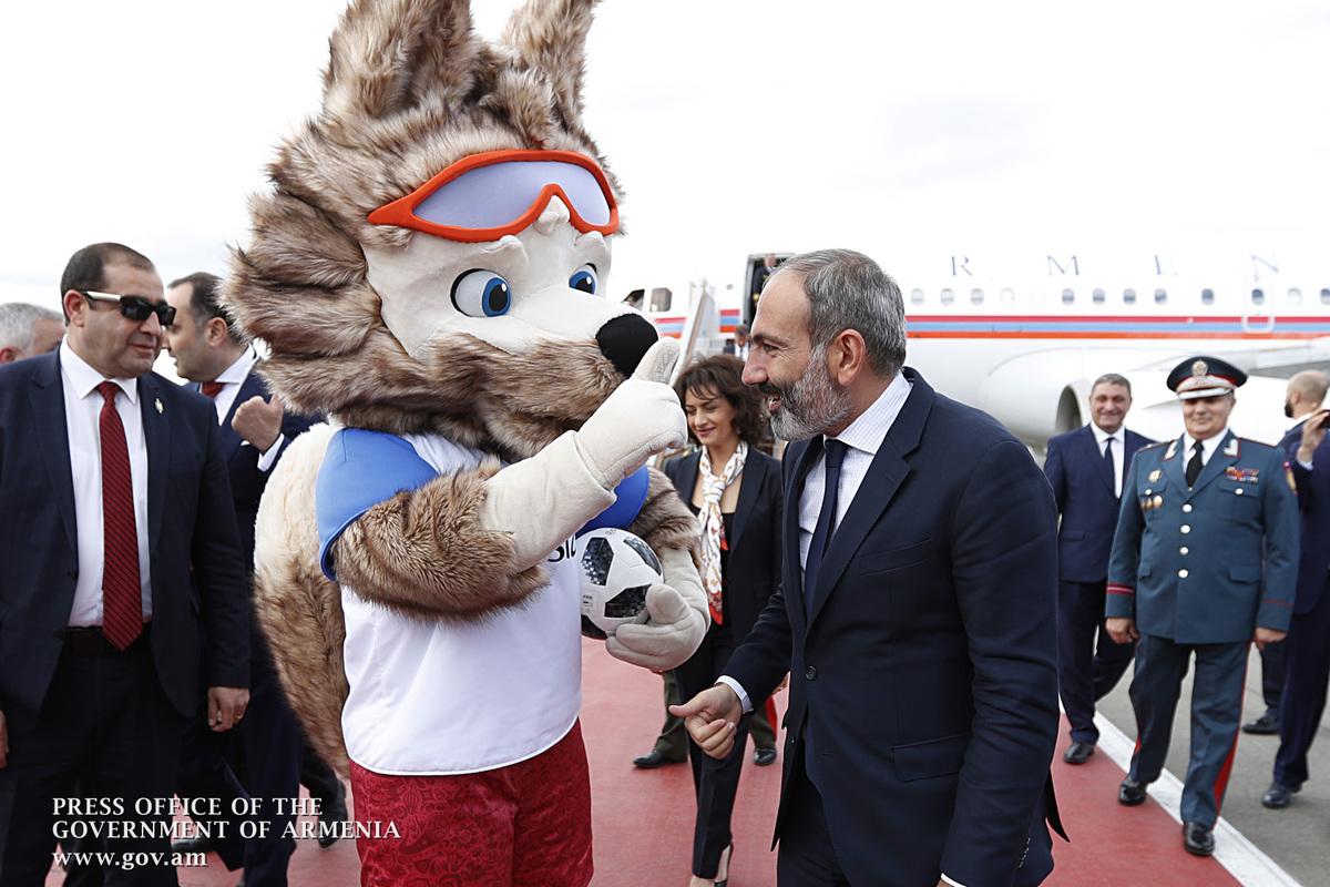 За кого будет болеть на чемпионате мира по футболу Никол Пашинян?