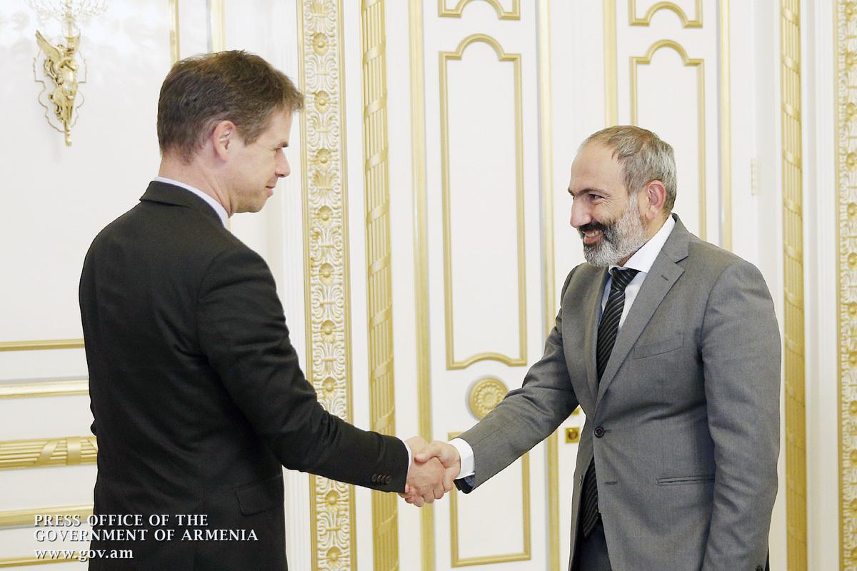 Посол: Во Франции внимательно следили за событиями в Армении