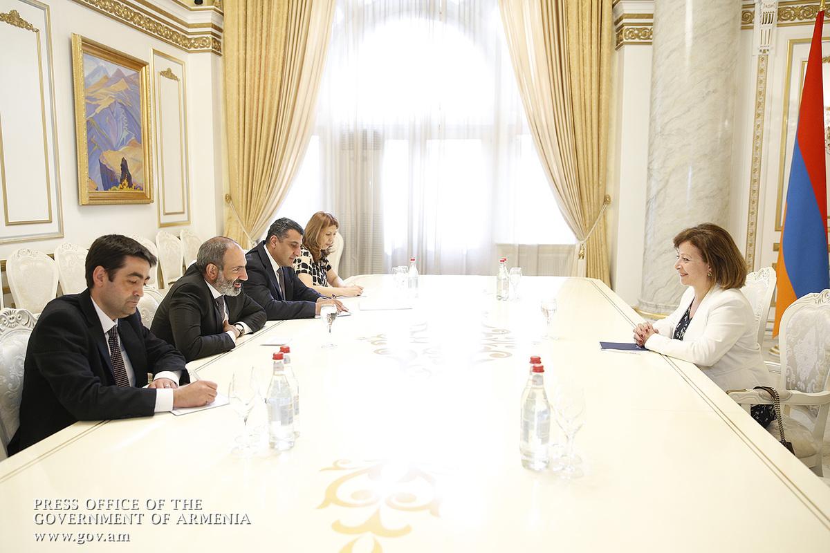 Президент Ливана приедет в Армению осенью