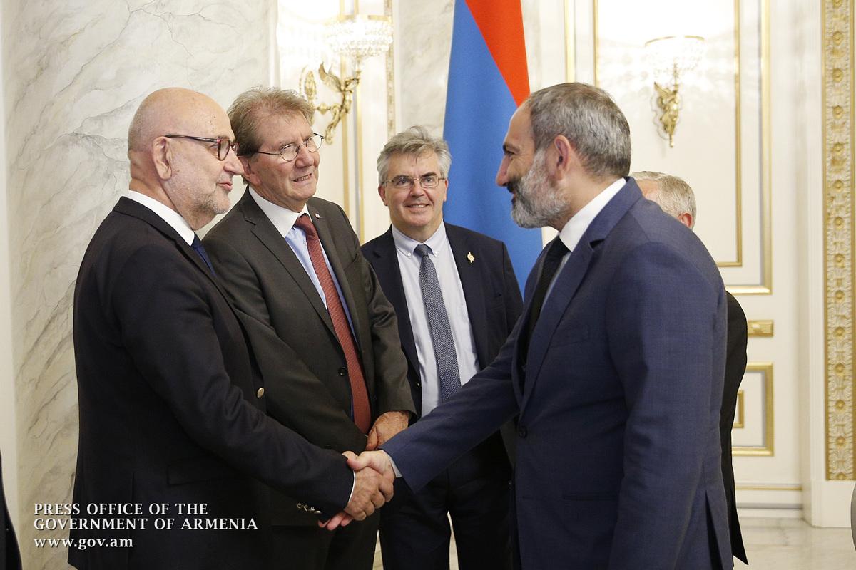 Премьер-министр: Перемены в Армении приведут к привлечению новых инвестиций из Франции
