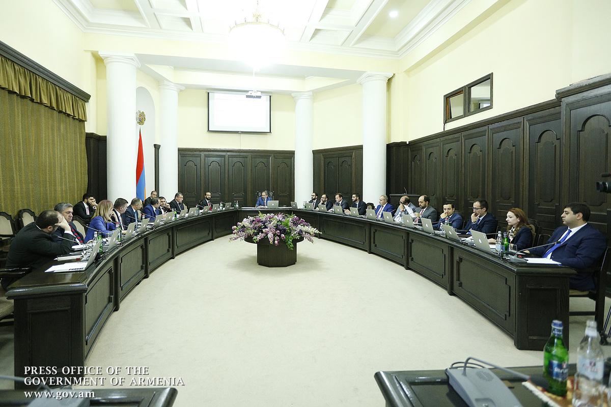 Премьер Армении произвел ряд назначений
