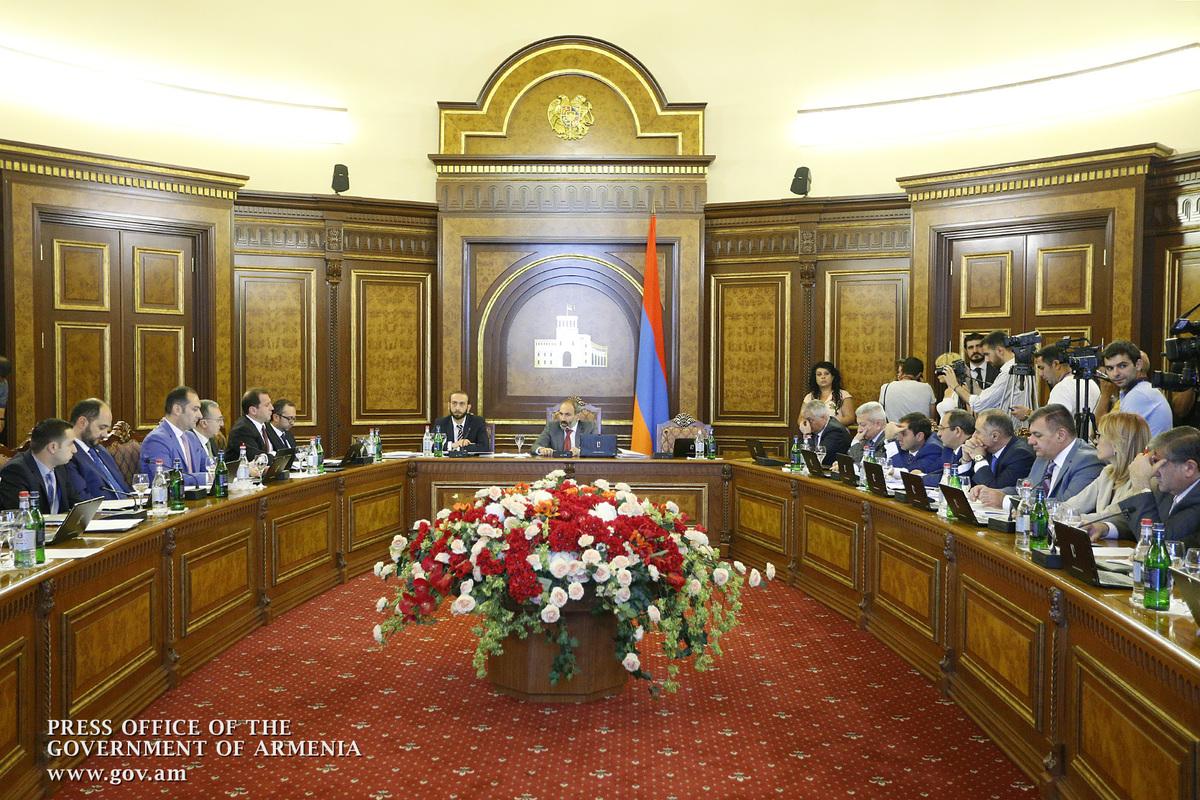 Правительство Армении одобрило поправки в закон о военной службе