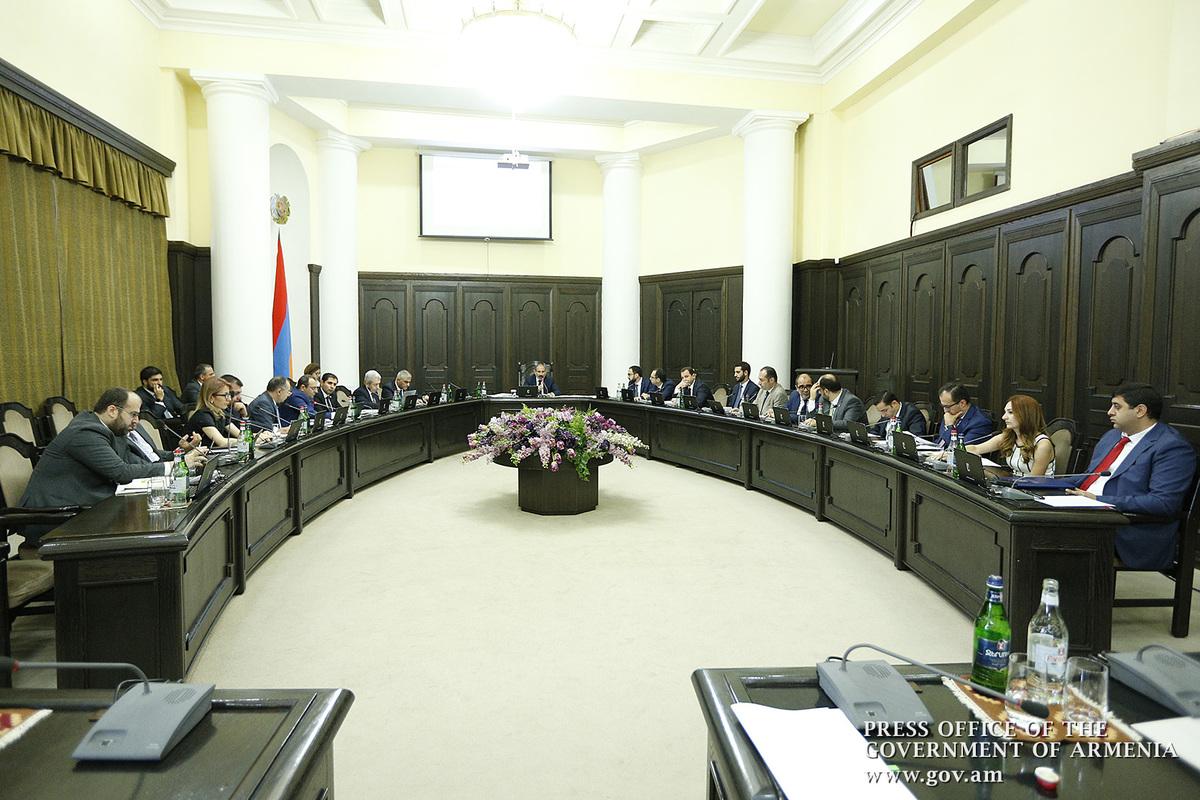 Правительство одобрило программу лизинга сельскохозяйственной техники в Армении