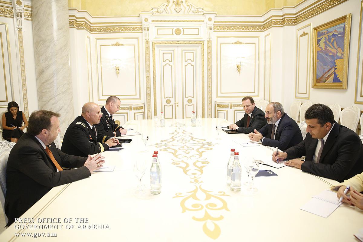 В правительстве обсудили расширение сотрудничества между Арменией и США