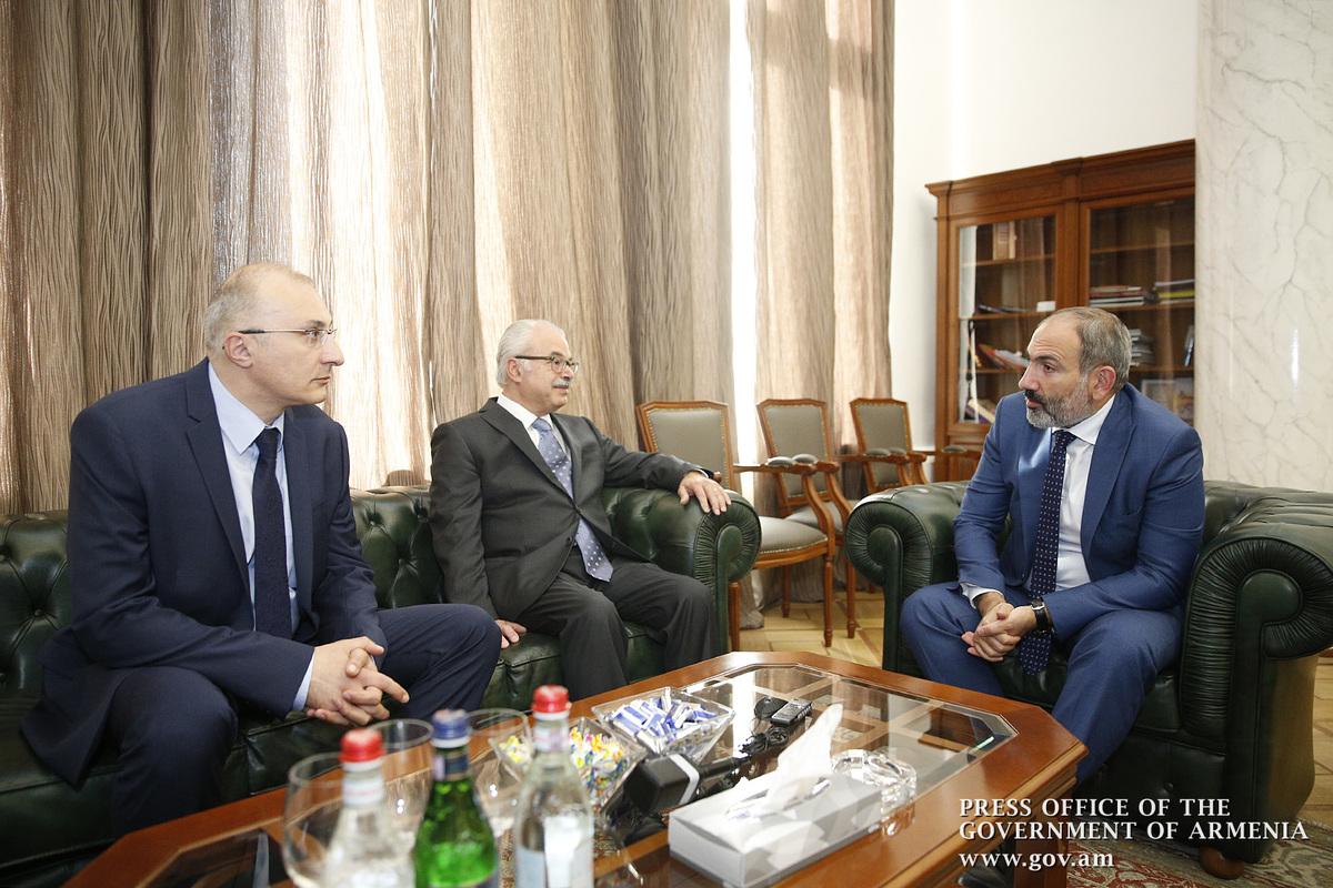 Надеюсь, что новый директор Всеармянского фонда «Айастан» и попечительский совет смогут реализовать конкретные программы развития: Никол Пашинян
