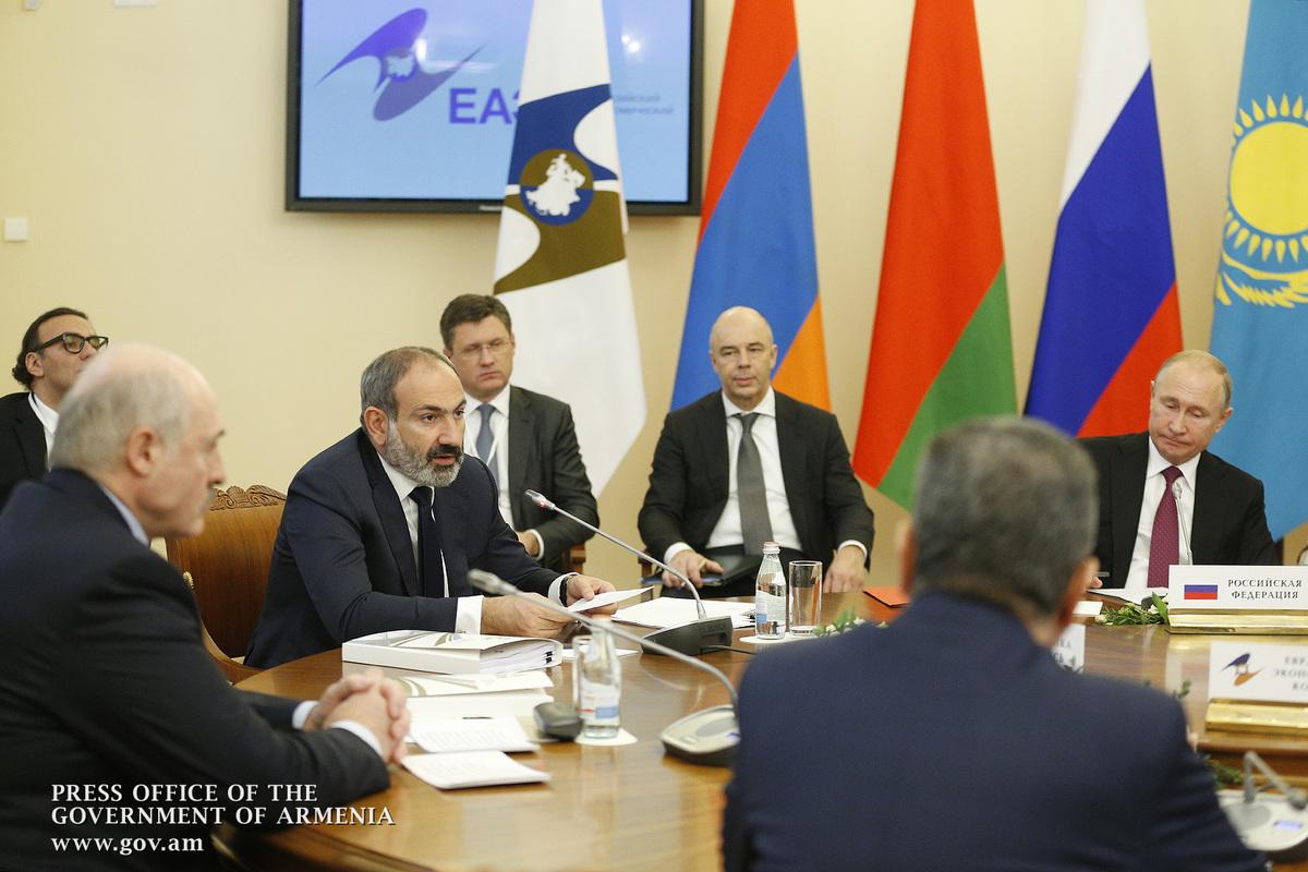 Баку де-факто в ОДКБ. Лукашенко опять врет?