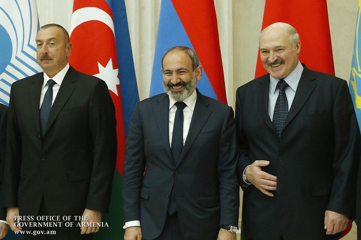 Пашинян и Алиев в Санкт-Петербурге обсудили карабахское урегулирование и вопрос взаимного обмена задержанных лиц