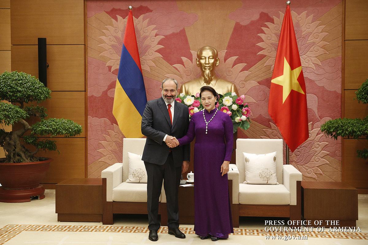 Никол Пашинян пригласил председателя НС Вьетнама посетить Армению