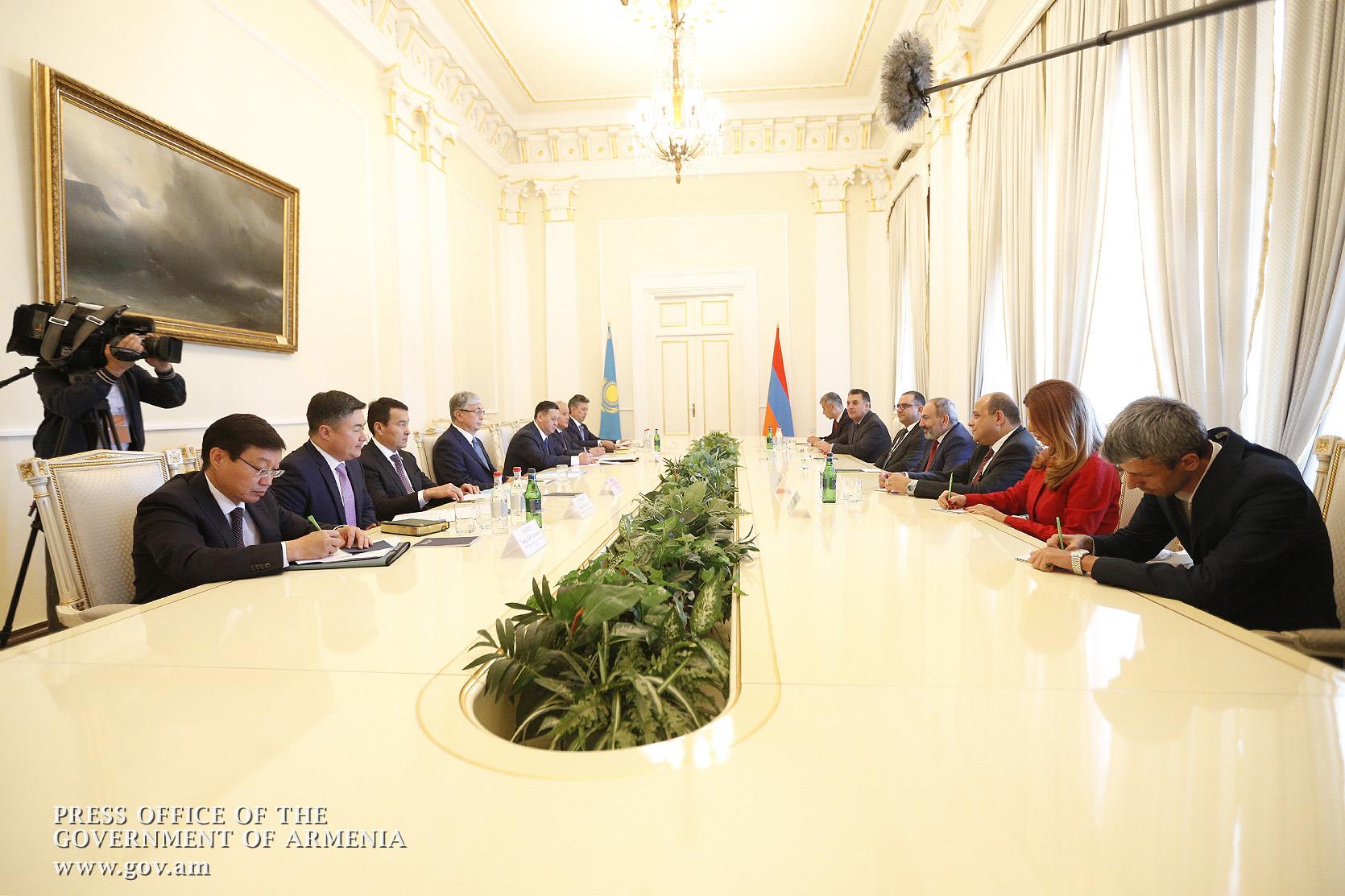Казахстан Армения