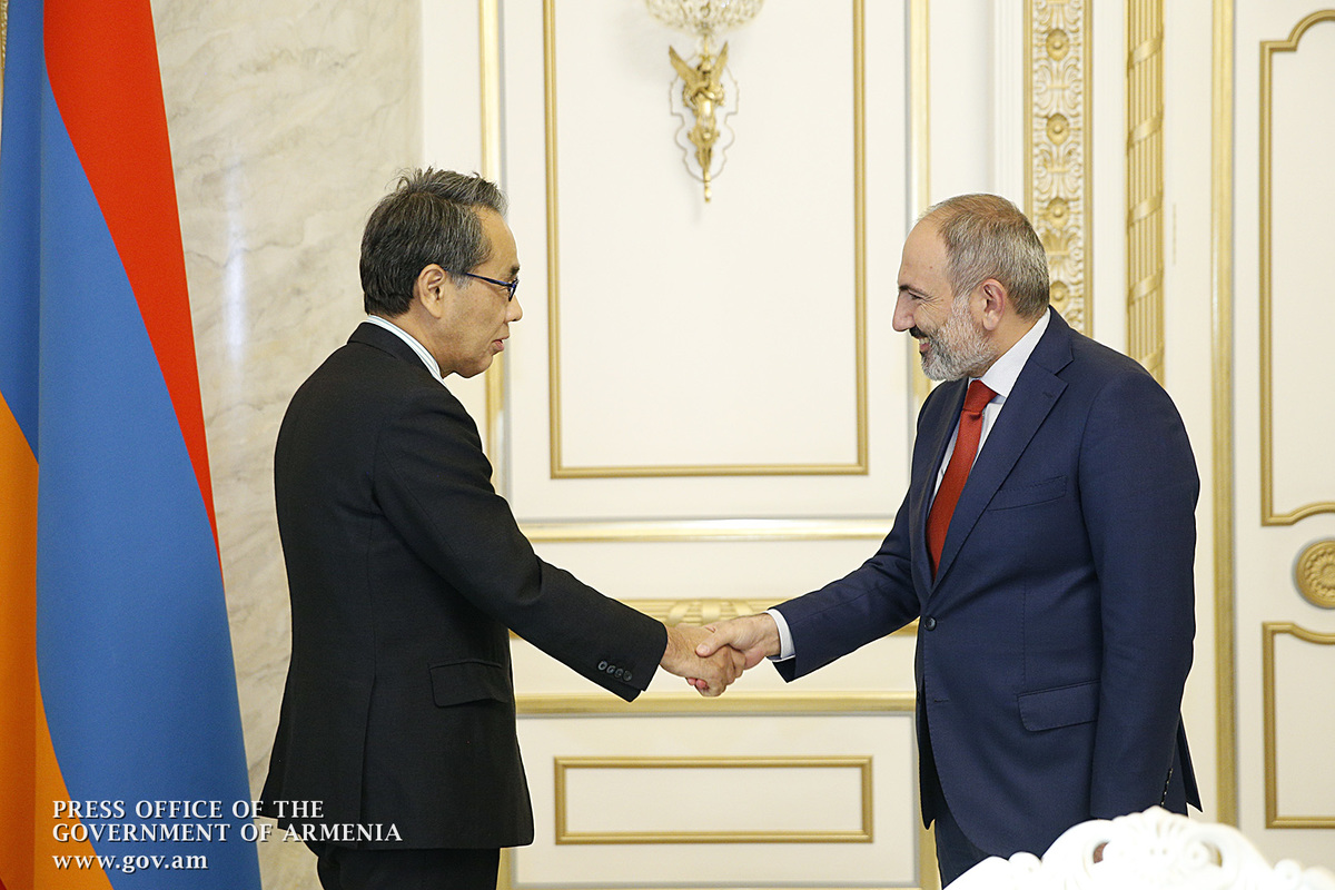 Премьер-министр Армении принял специального советника премьер-министра Японии