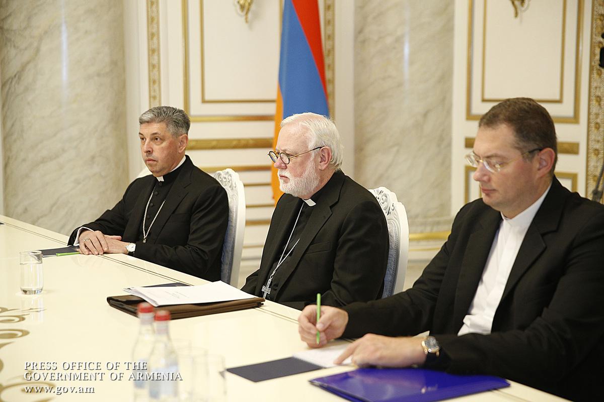 Архиепископ Пол Ричард Галлахер назвал цель своего визита в Армению