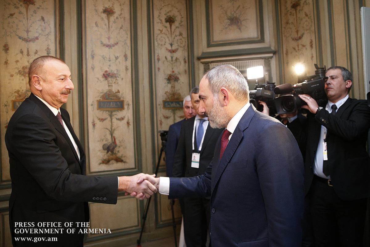 Сдержит ли Алиев удары Пашиняна