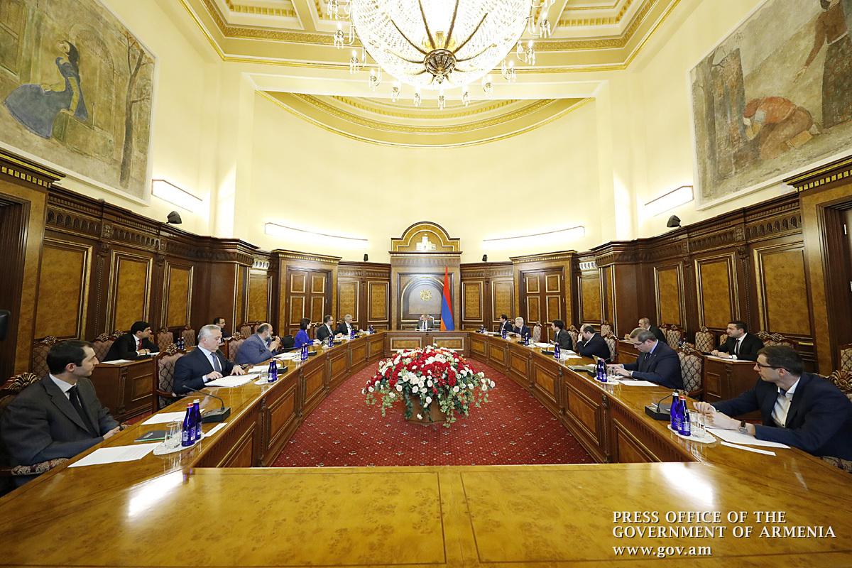 В Армении продолжаются обсуждения по реализации антикризисных мер