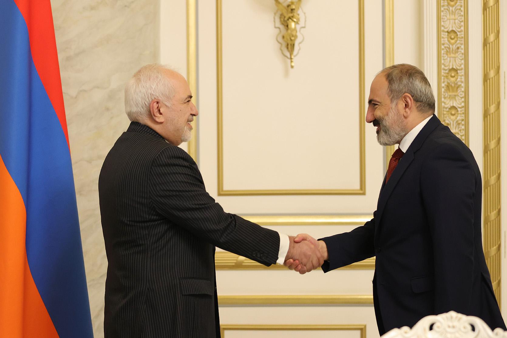 Никол Пашинян принял главу МИД Ирана Мохаммада Джавада Зарифа