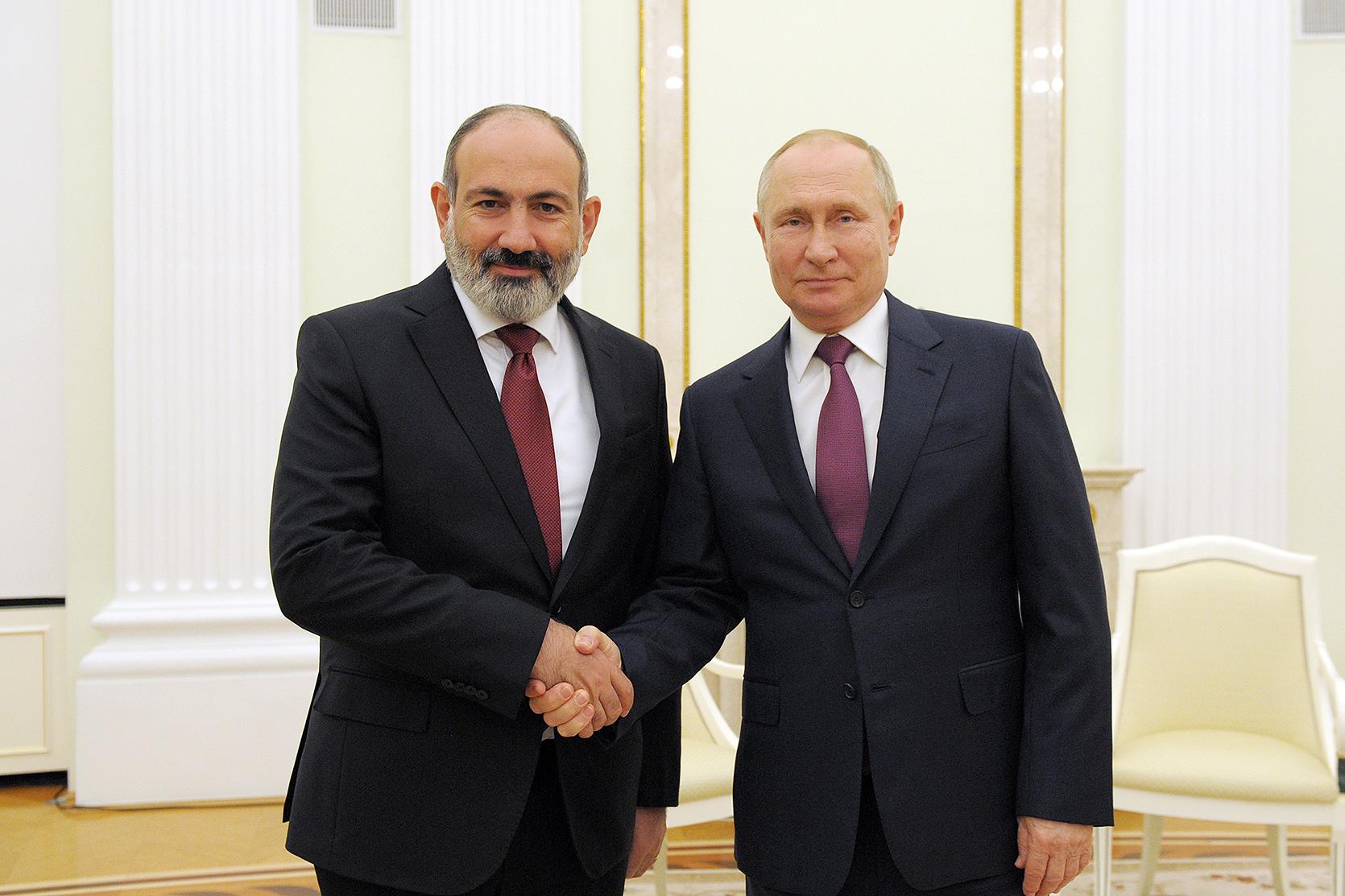 В Кремле состоялась встреча премьер-министра Республики Армения и президента Российской Федерации