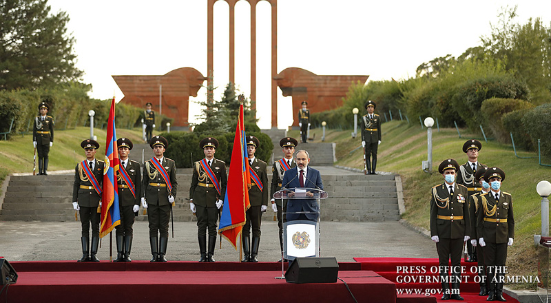 "PM: ""For the first time in the history of independent Armenia, a national hero will receive the high state award in person"""