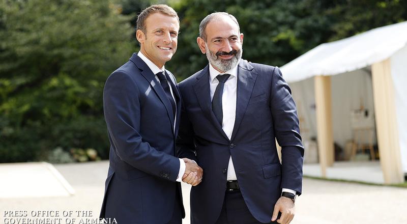 La rencontre entre Nikol Pashinyan et Emanuel Macron  à l'Elysée