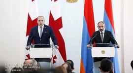 Les déclarations de Nikol Pashinyan et Mamuka Bakhtadze pour les médias.