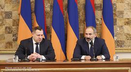 L'intervention  du Premier ministre de la République d'Arménie, Nikol Pashinyan, à la séance  solennelle consacrée à la journée de l'employé du Comité d'enquête