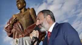 Նիկոլ Փաշինյանը ներկա է գտնվել Արամ Մանուկյանի արձանի բացմանը